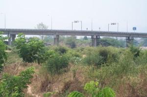 Friedensbrücke und Grenzgebiet