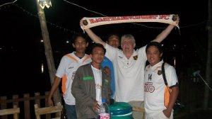 Gespräche mit den Fans vom Kamphaeng Phet FC